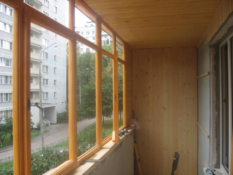 50okon.ru - остекление лоджии деревянными рамами  в Подольске